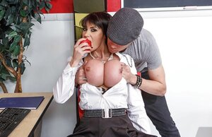 Boobalicious professor is a plum for horny student getting her naked and also cumming on face