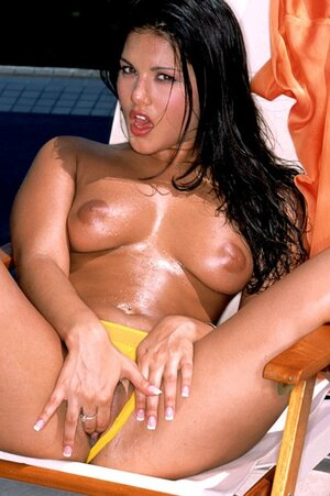 Black-haired diva during relax by pool passionately fingers moist cunny